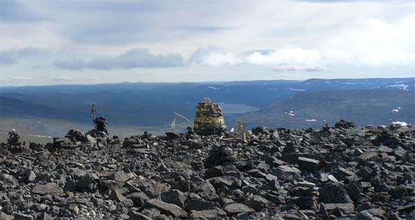 Norway rules out giving mountain to Finland