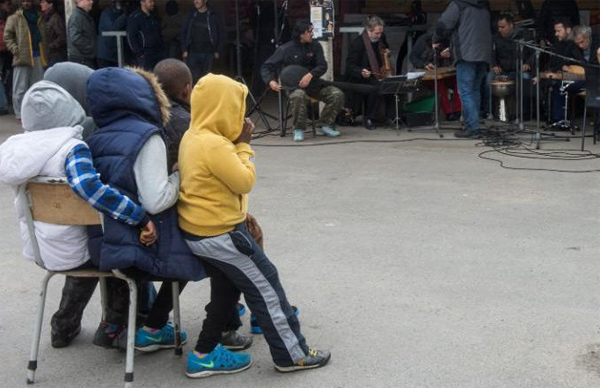 French MPs urge UK to accept 'Jungle' camp minors