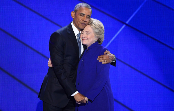 Clintons, Obamas to campaign together on election eve