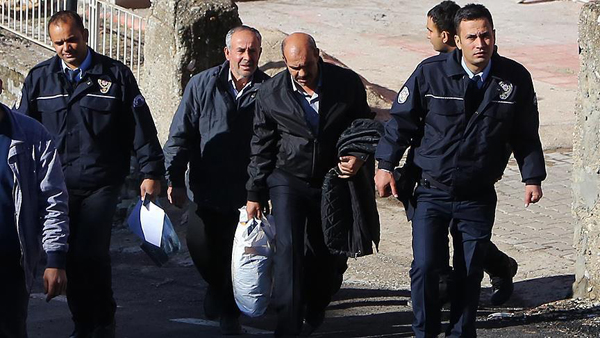 Over 380 undocumented migrants held in Turkey