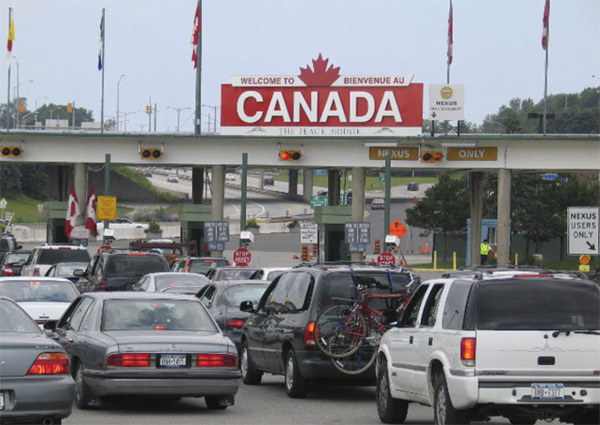 Growing number of Canadians want refugee ban