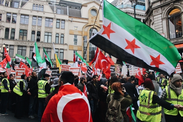 Thousands rally across London in solidarity with Aleppo