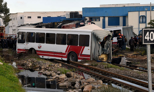 Five dead, many injured as train slams into bus near Tunis