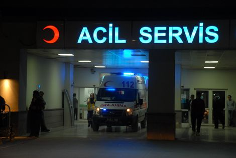423 injured from Syria's Aleppo treated in Turkey