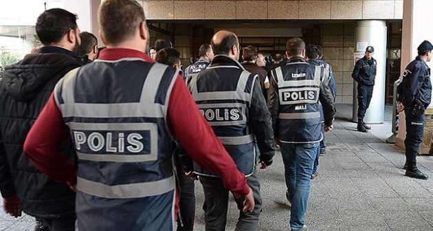 Turkish police arrests 2 in anti-narcotics operation
