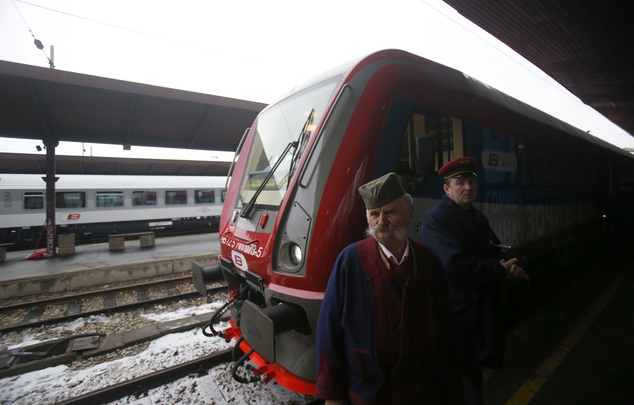 First Kosovo-Serbia talks after train incident