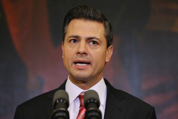 Mexico president cancels Trump talks in US wall row