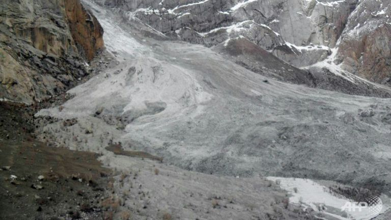 10 climbers dead after avalanche in Mongolia