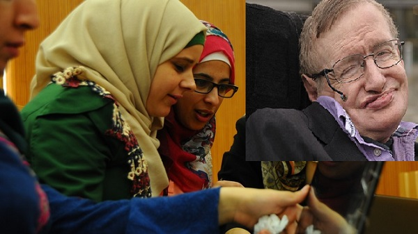 Stephen Hawking raises funds for Palestinian students