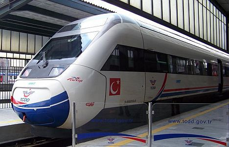 First express train from Istanbul arrives in Sofia