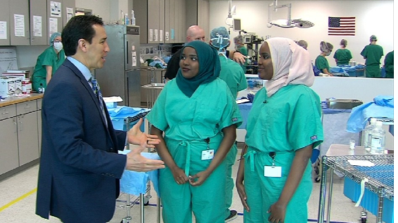 Twins of Somalian refugees on the road to be surgeons