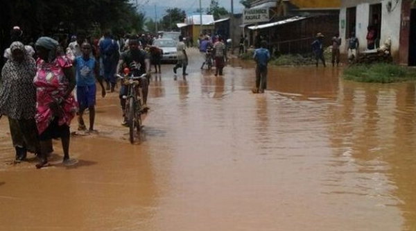 Floods cast shadow on holy month in Kenya