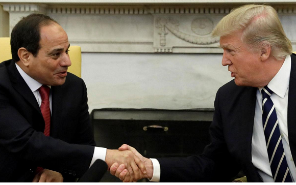 US 'very much behind' Egypt, Trump tells Sisi