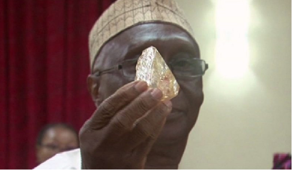 Sierra Leone delays sale of huge diamond for more bids