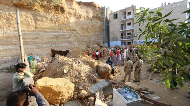 Landslide leaves five dead in Pakistan's Karachi