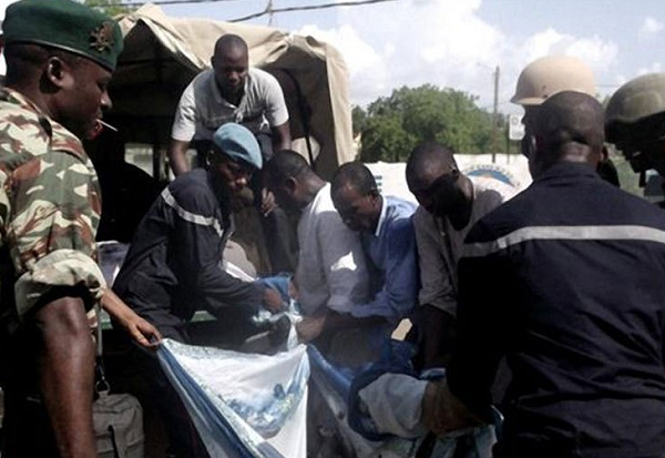 Nigeria: 5 injured near mosque by suicide bomb attack