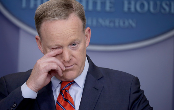 Sean Spicer says Hitler didn't use chemical weapons...