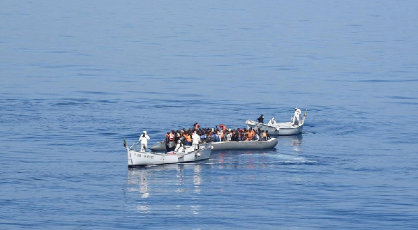 Libyan coast guards rescue 180 migrants off Tripoli