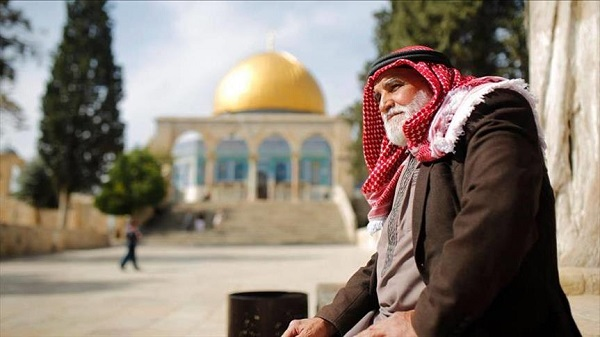 Septuagenarian tells of life spent in service to Aqsa