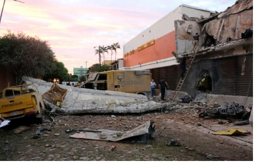 Heavily armed gang steals millions in Paraguay heist