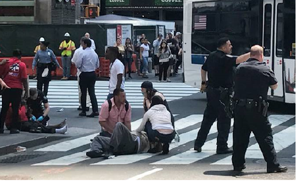 US: Car plows into Times Square crowd