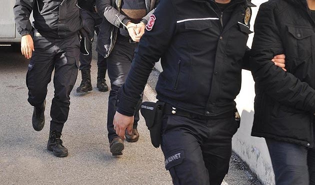 Over 100 FETO suspects arrested in Istanbul