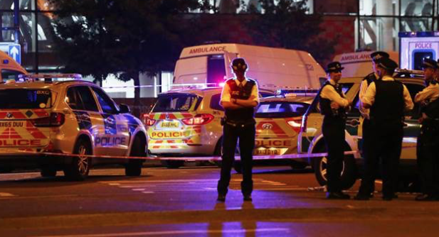 1 dead in attack on Muslim worshippers in London