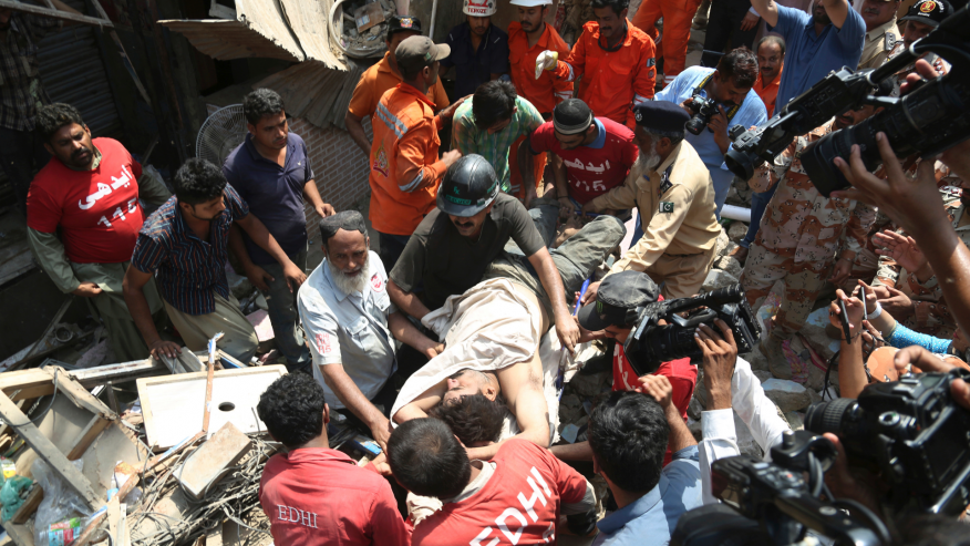 Five killed as building collapses in Pakistan