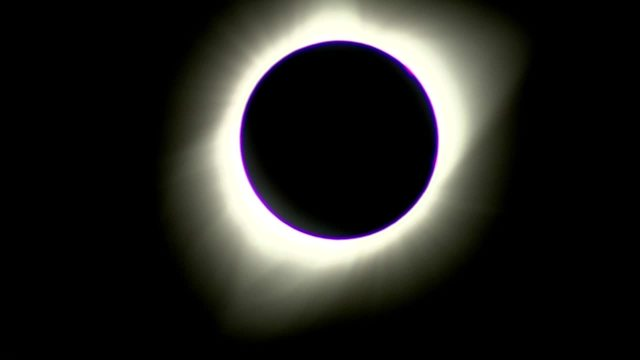 Solar eclipse turns day into night across US
