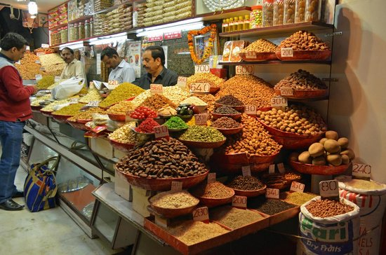 Lahore's Istanbul Chowk spices up city's cultural life