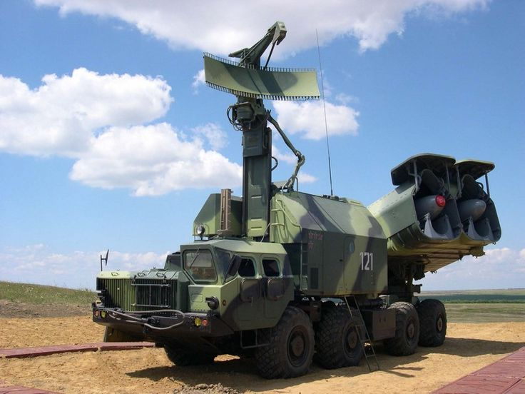 Russia to give Philippines arms, vehicles