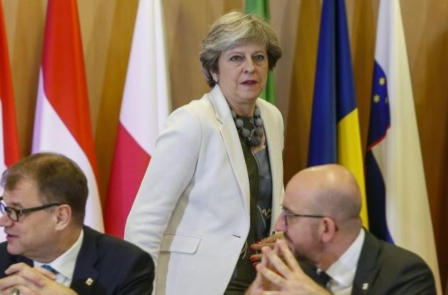 EU leaders to make Brexit gesture to May