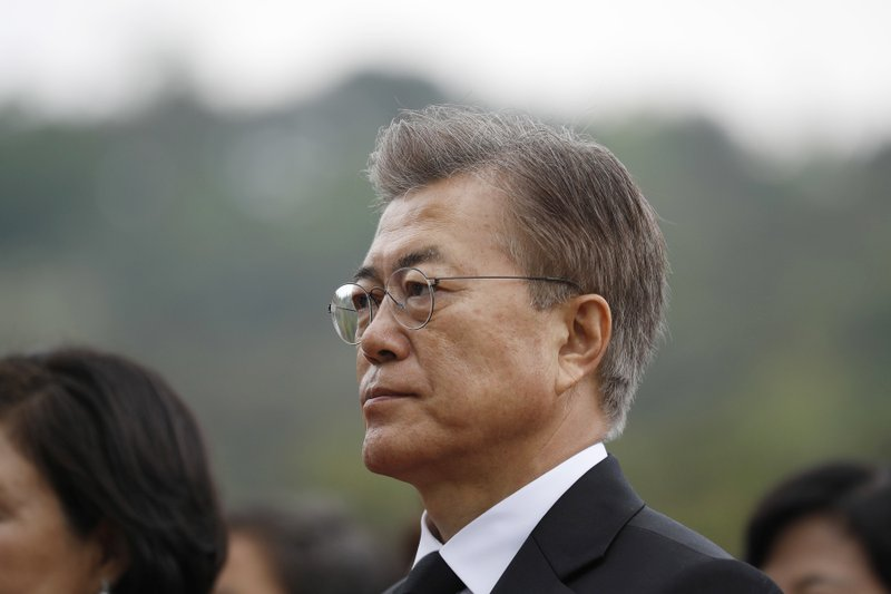 S. Korea's Moon seeks rapprochement in China visit