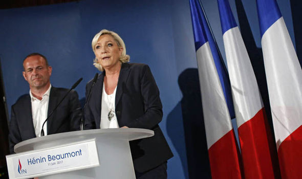 Le Pen's father clings onto party role - for now