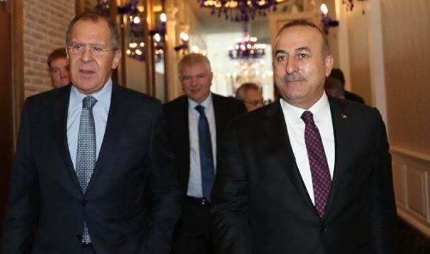 Turkish, Russian foreign ministers speak over phone