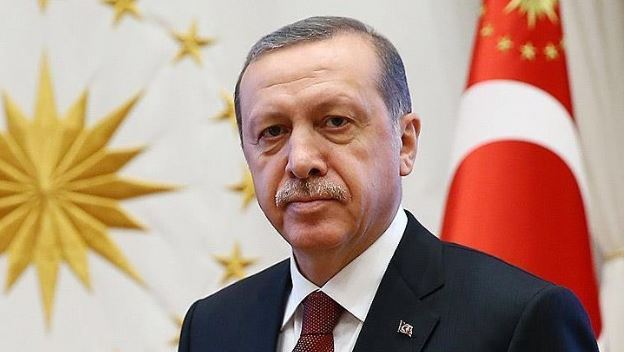 Erdogan greets Turkish troops in southeast on Eid