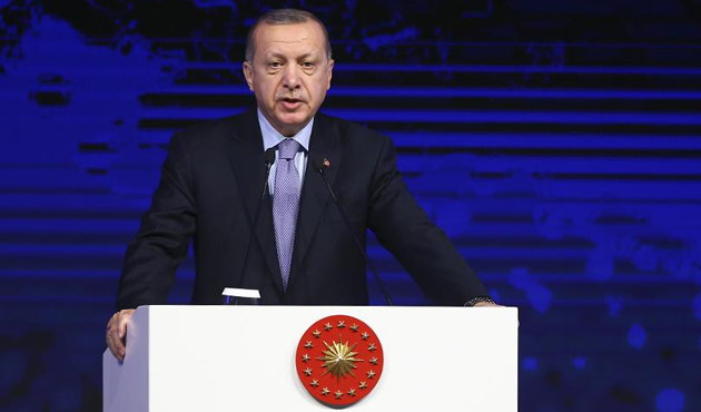 Erdogan says Turkey will overcome economic attack