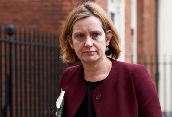 UK: Home Secretary resigns over immigration crisis