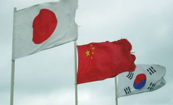S. Korea, Japan, China to hold summit next week
