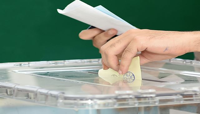 Voters to make final decision in polls