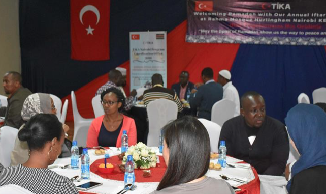 Kenyan Muslims, Christians unite at iftar dinner