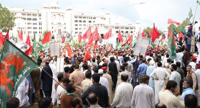 Pakistan's Opposition parties intensify protests