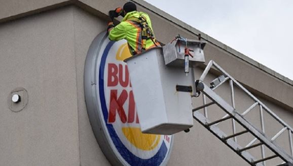 Ankara to stop issuing licenses for US Fast-Foods