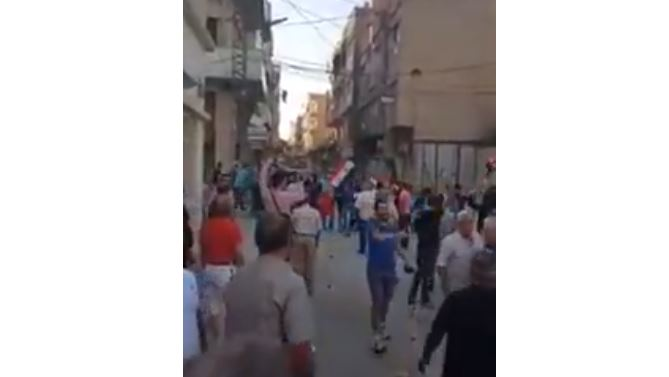 SDF security forces shooting at Christian protesters - VIDEO