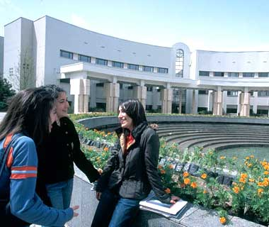 51,000 foreign students apply for Turkey scholarships
