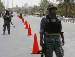 Iraq PM says intends to hand over Baghdad security to police