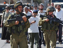 Three Palestinians kidnapped in Hebron