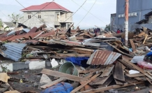 Death toll from Indonesia earthquake climbs to 90
