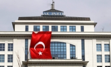 Erdogan gives further sign of change to ruling party