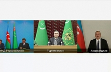 Azerbaijan, Turkmenistan sign deal on Caspian hydrocarbon field